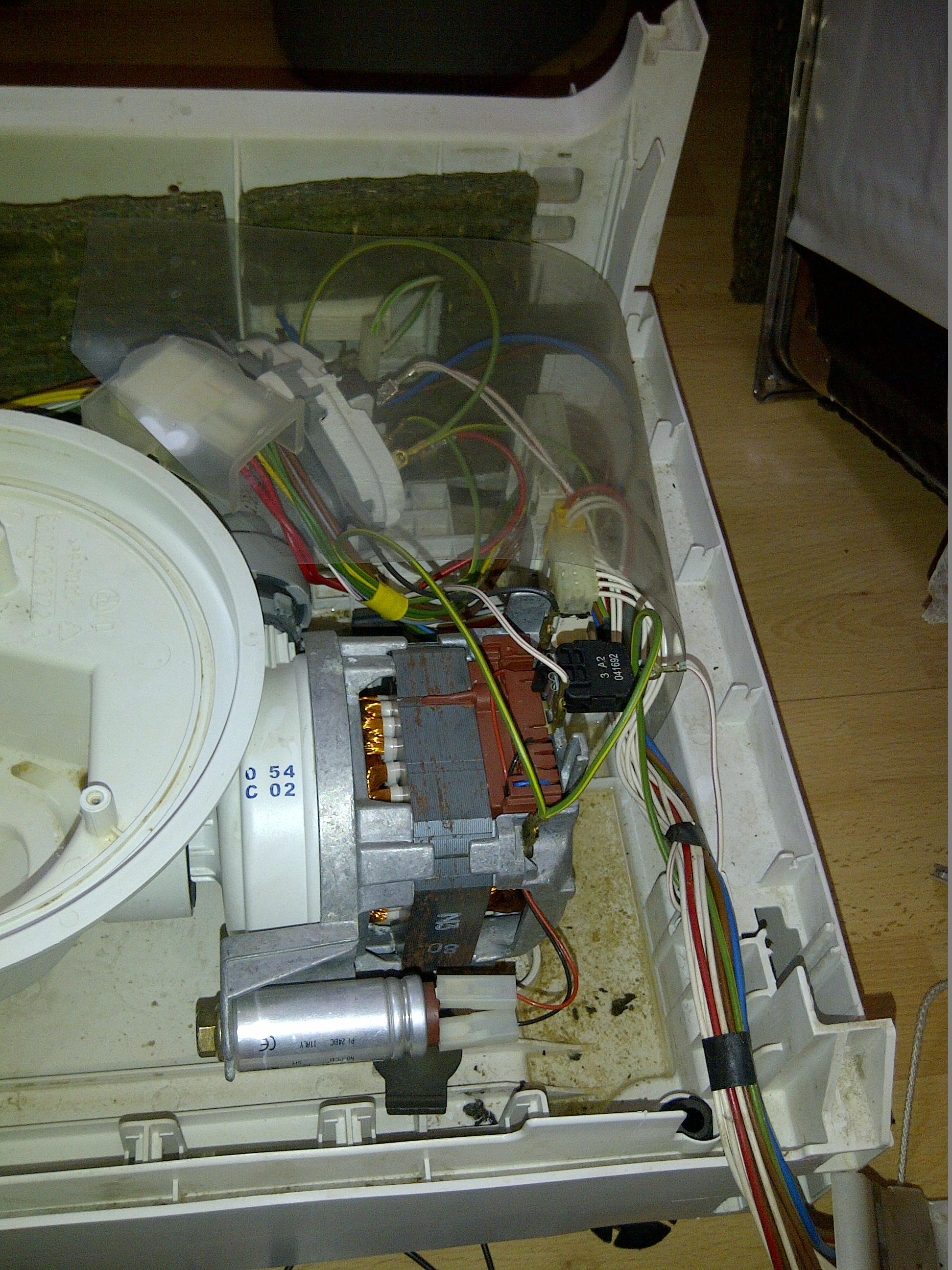 Bosch GSP Umwälzpumpe reinigen und Laugenpumpe tauschen Davids